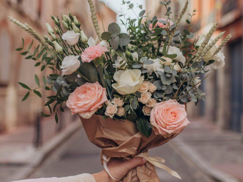5 avantages d'acheter des fleurs en ligne